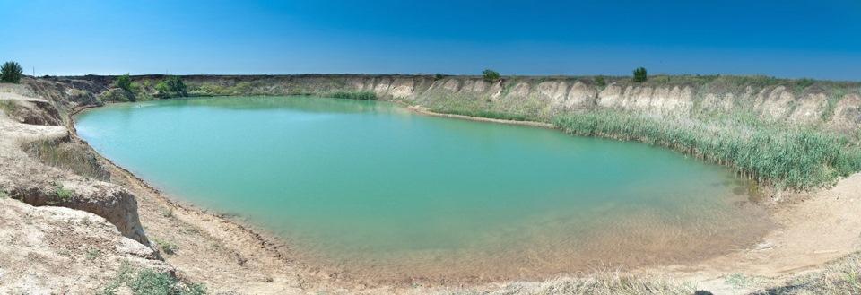 Соленое озеро в селе Антоновка