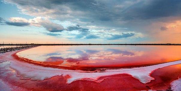 лемурівське озеро