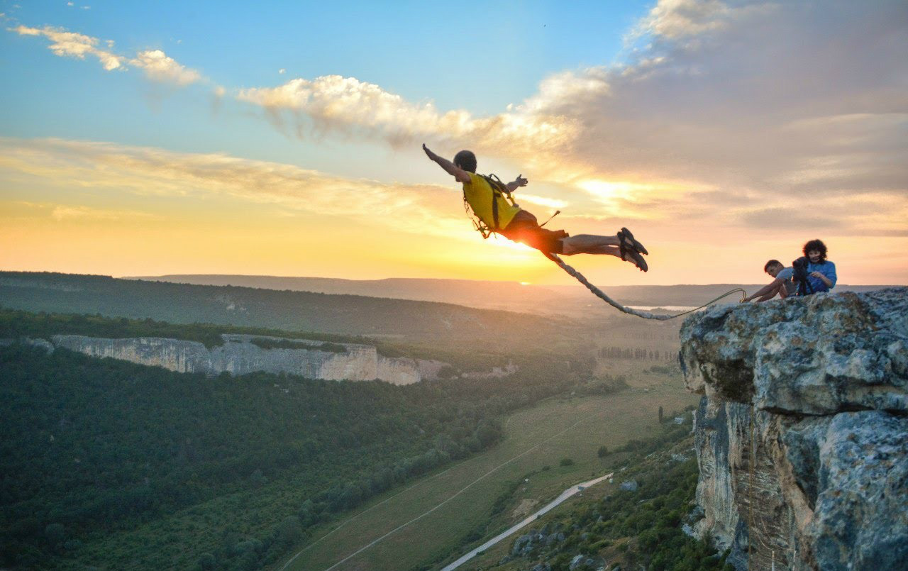 Jumping in Ukraine: Rope and bungee jumping