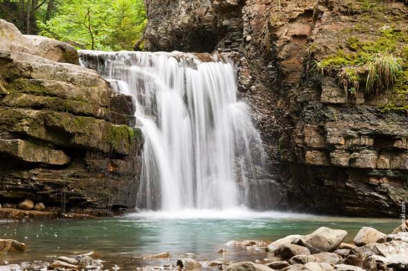 3 самых красивых водопада Украины