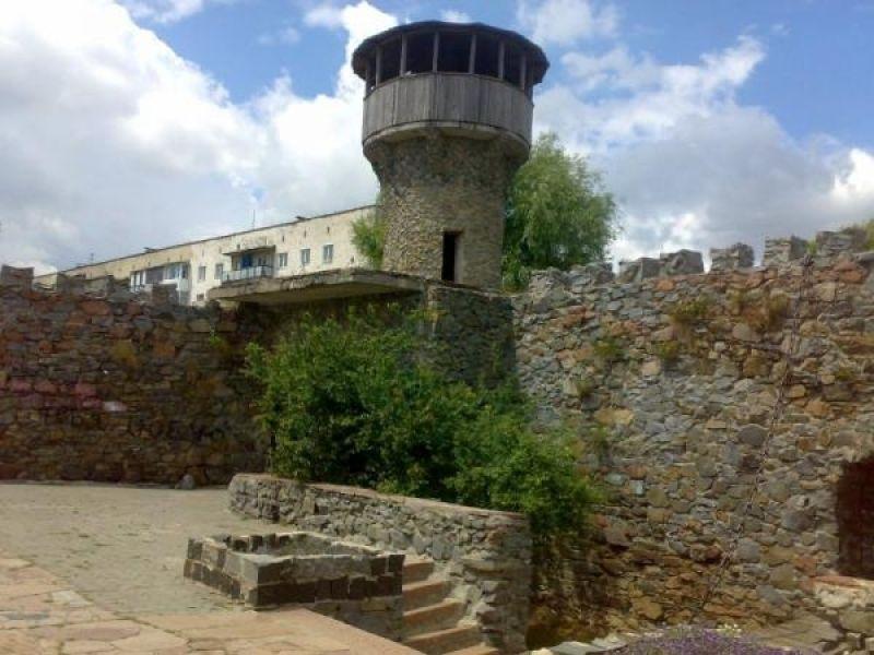 Руины крепости Звягель