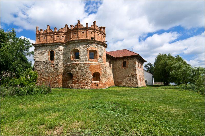Замок Острожских в Староконстантинове
