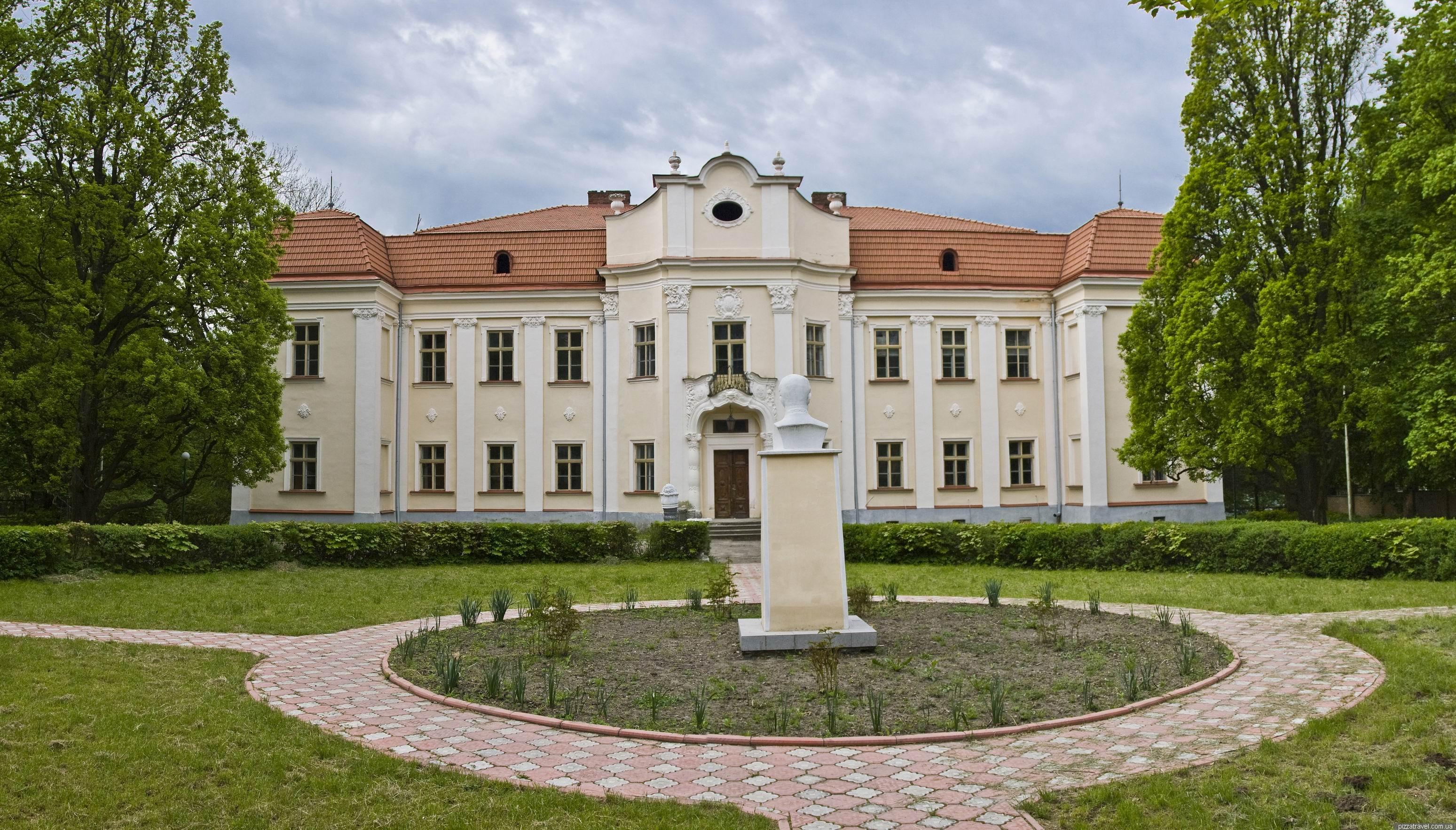 Що подивитися у Львівській області?