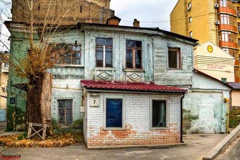 Найстарішому житловому будинку в Києві 257 років