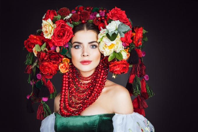Мисс Вселенная 2016: Украинка поразила красотой национального костюма
