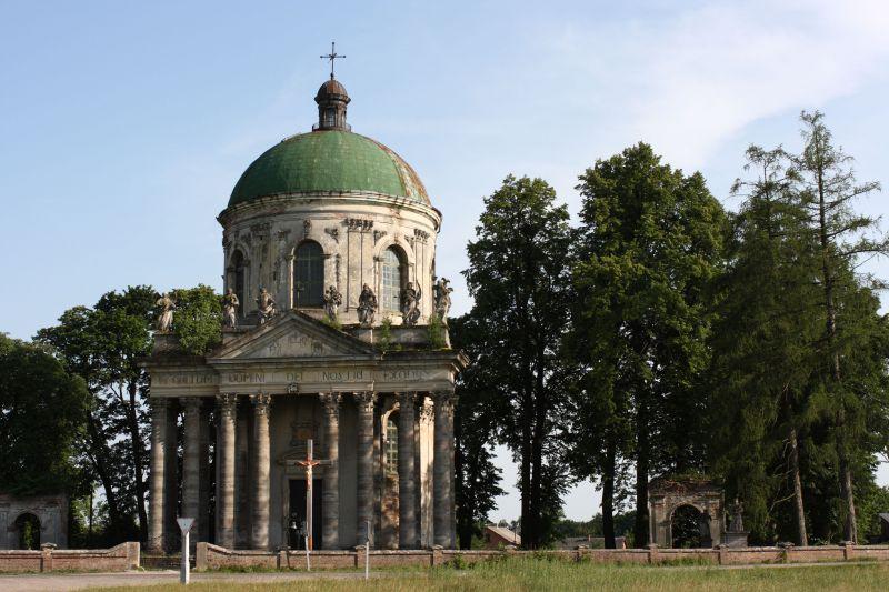 Архітектурні перлини України, які знаходяться на межі руйнування