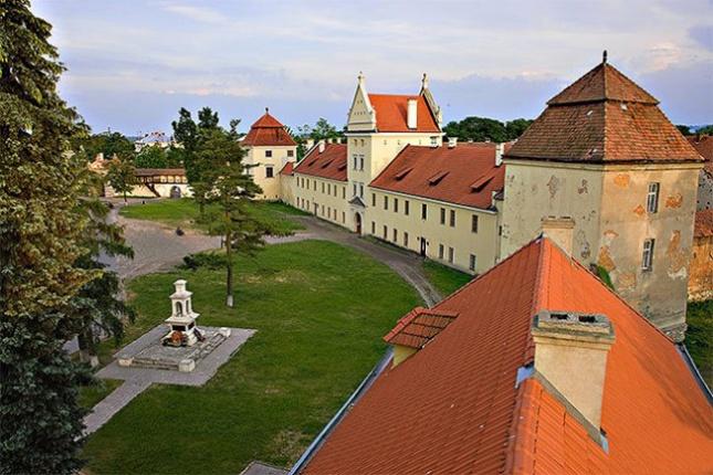 Жовківський замок