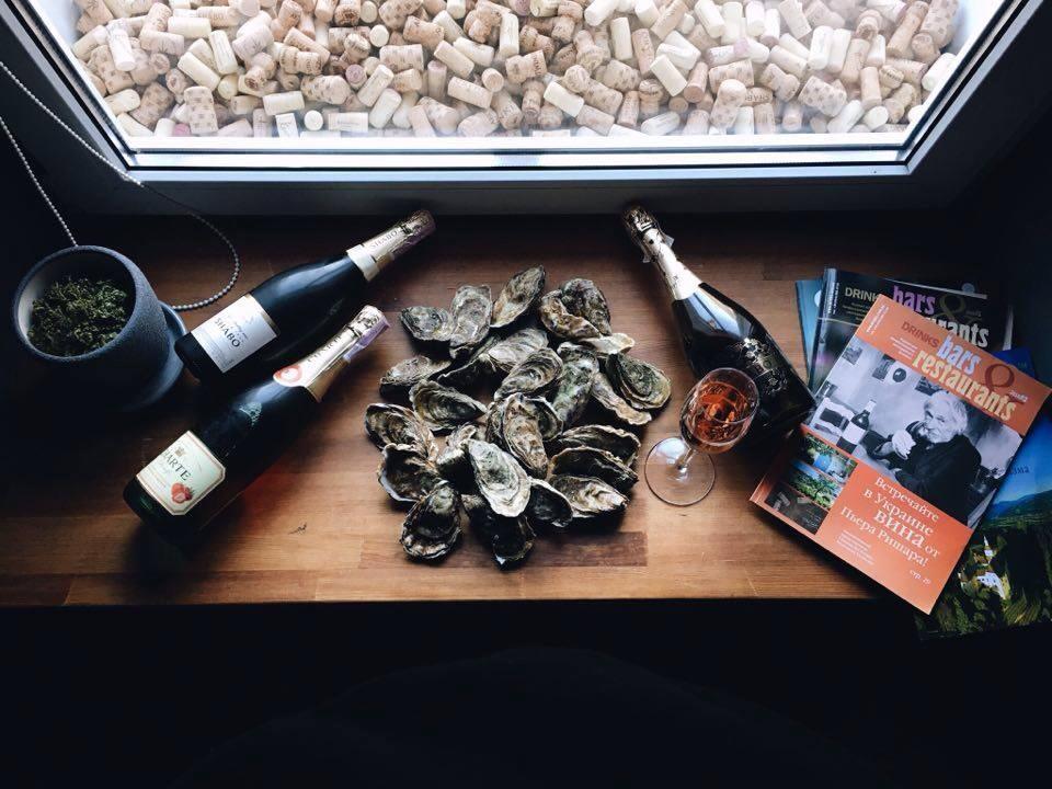Хлеба и зрелищ: 8 винных баров Киева