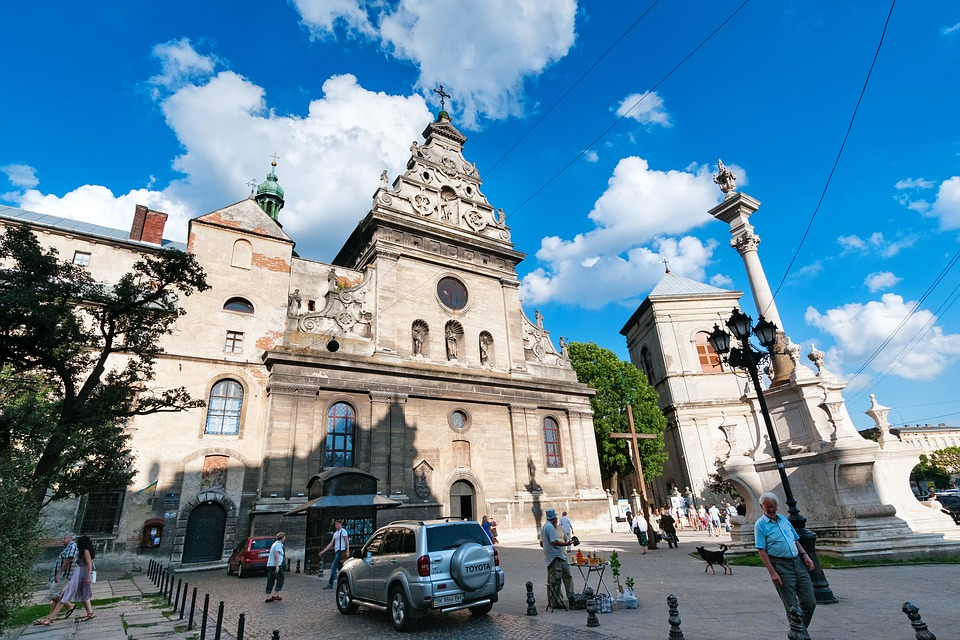 Выдающиеся соборы, церкви и храмы во Львове