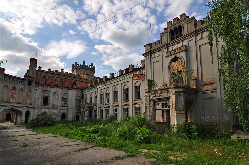 Дворец Терещенко в поселке Червоное