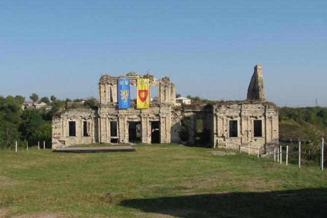 Скала-Подольский замок