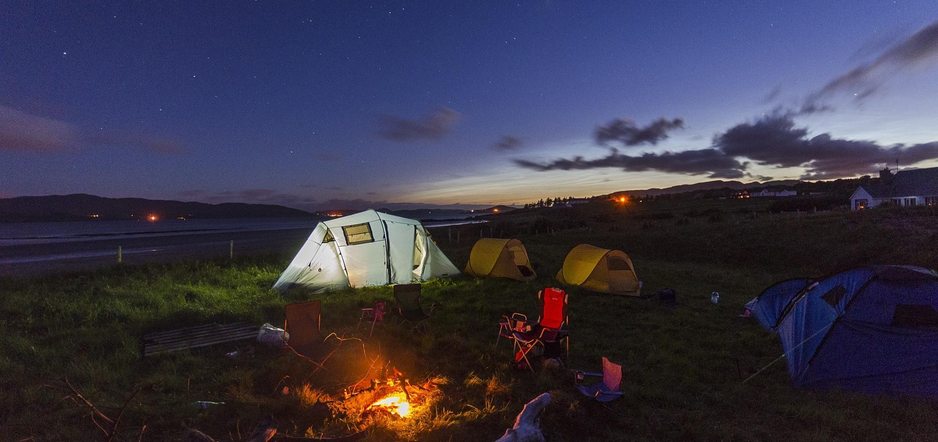 ТОП-7 небанальных мест для отдыха с палаткой