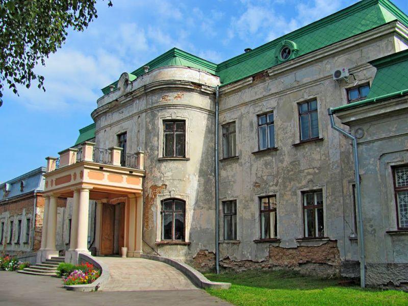 Дворец Потоцких в Червонограде