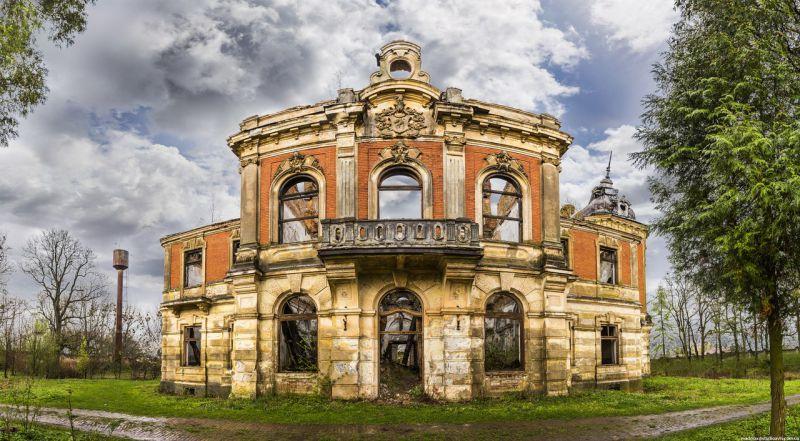 Замок-дворец Потоцких в Тартакове, Львовская область
