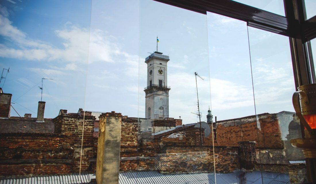 Тераса на даху ресторації-музею «Гасова лямпа»