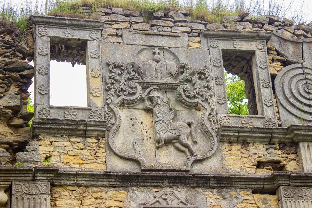 Чернелицкий замок_