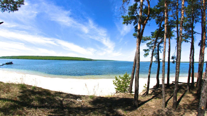 Печенізьке водосховище в харківській області або Салтівське море по-місцевому