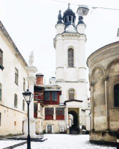 Львовские дворики: интересные места, истории, тайны