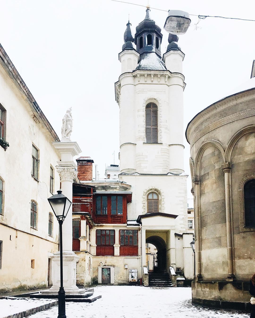 Львівські дворики: цікаві місця, історії, таємниці