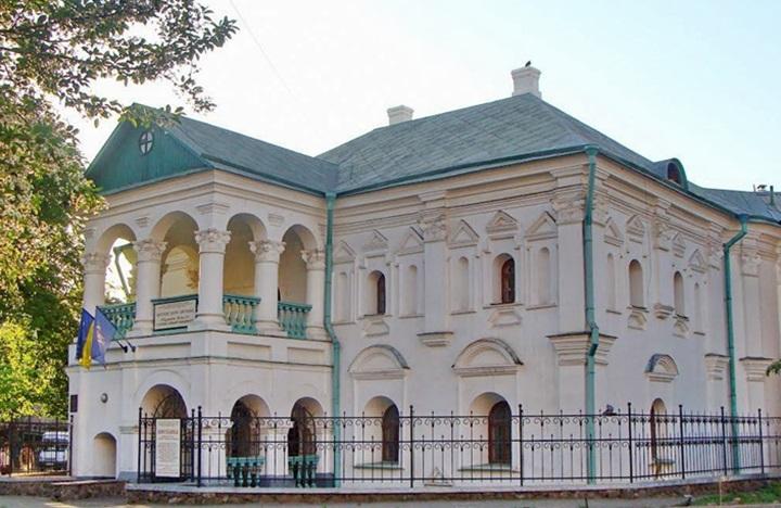 Незвичайні будівлі Києва, повз які ви часто проходите