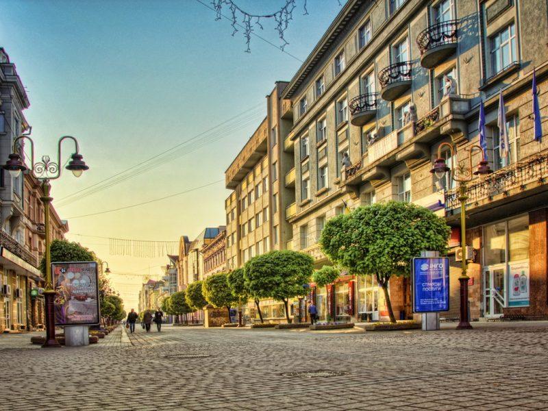 Реальна довжина «стометрівки» та інші секрети найпопулярнішої пішохідної зони Івано-Франківська