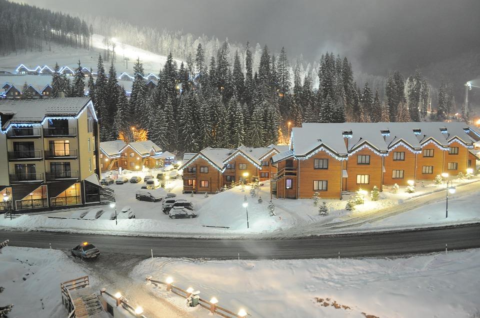 Самые популярные места для зимнего отдыха в Карпатах