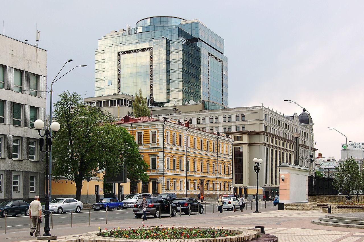 Історія вулиці Володимирської: місця та цікаві факти