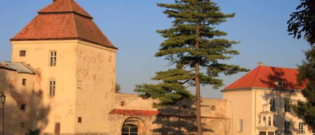 Місця в Україні, де відбувались важливі історичні події
