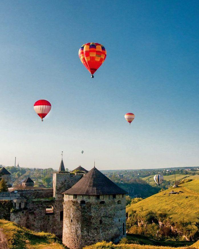 10 замків України, які захочеться побачити знову