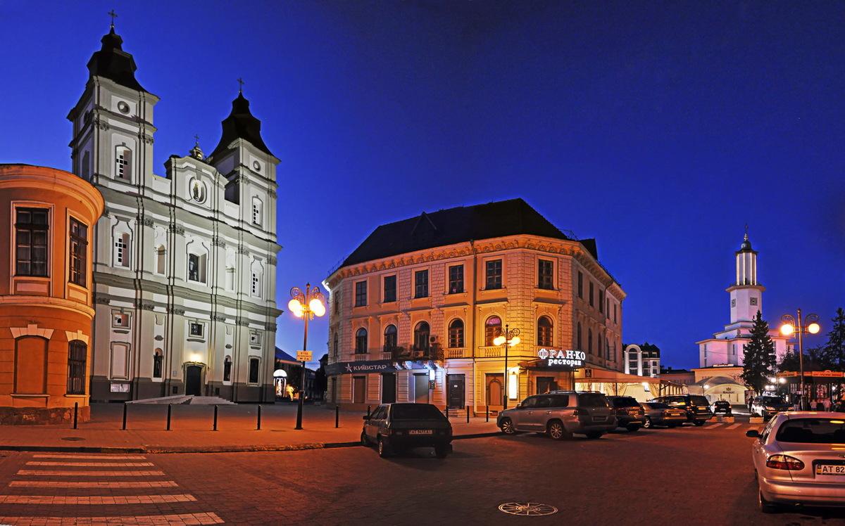 Кафедральный собор воскресения Ивано-Франковск