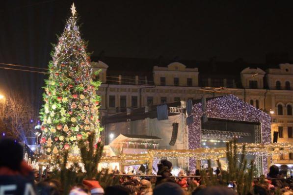 Елки — 2018: куда в Киеве отправиться за новогодними эмоциями
