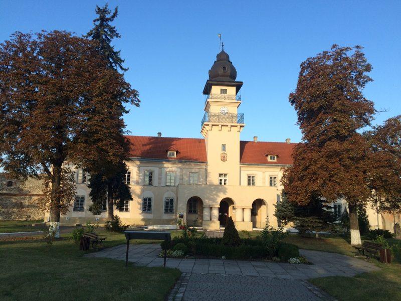 ТОП 8 маловідомих туристичних місць Західної України, які цікаво відвідати в будь-яку пору року
