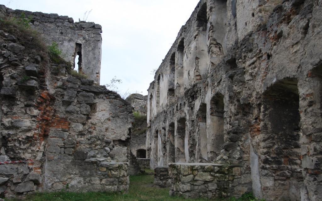 Замок Гольських в Чорткове (2)