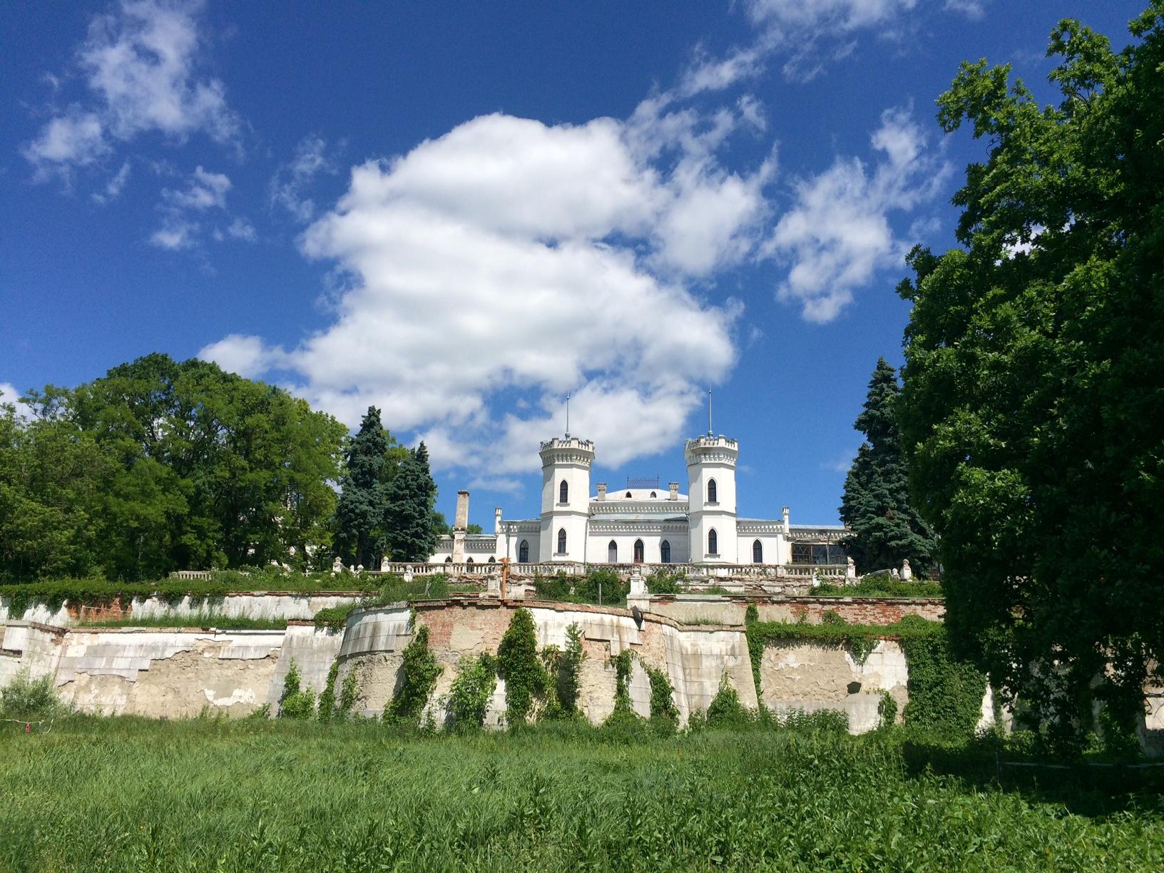 Шаровкский дворец