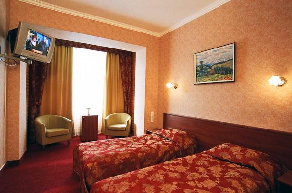 Отель «Водопад»