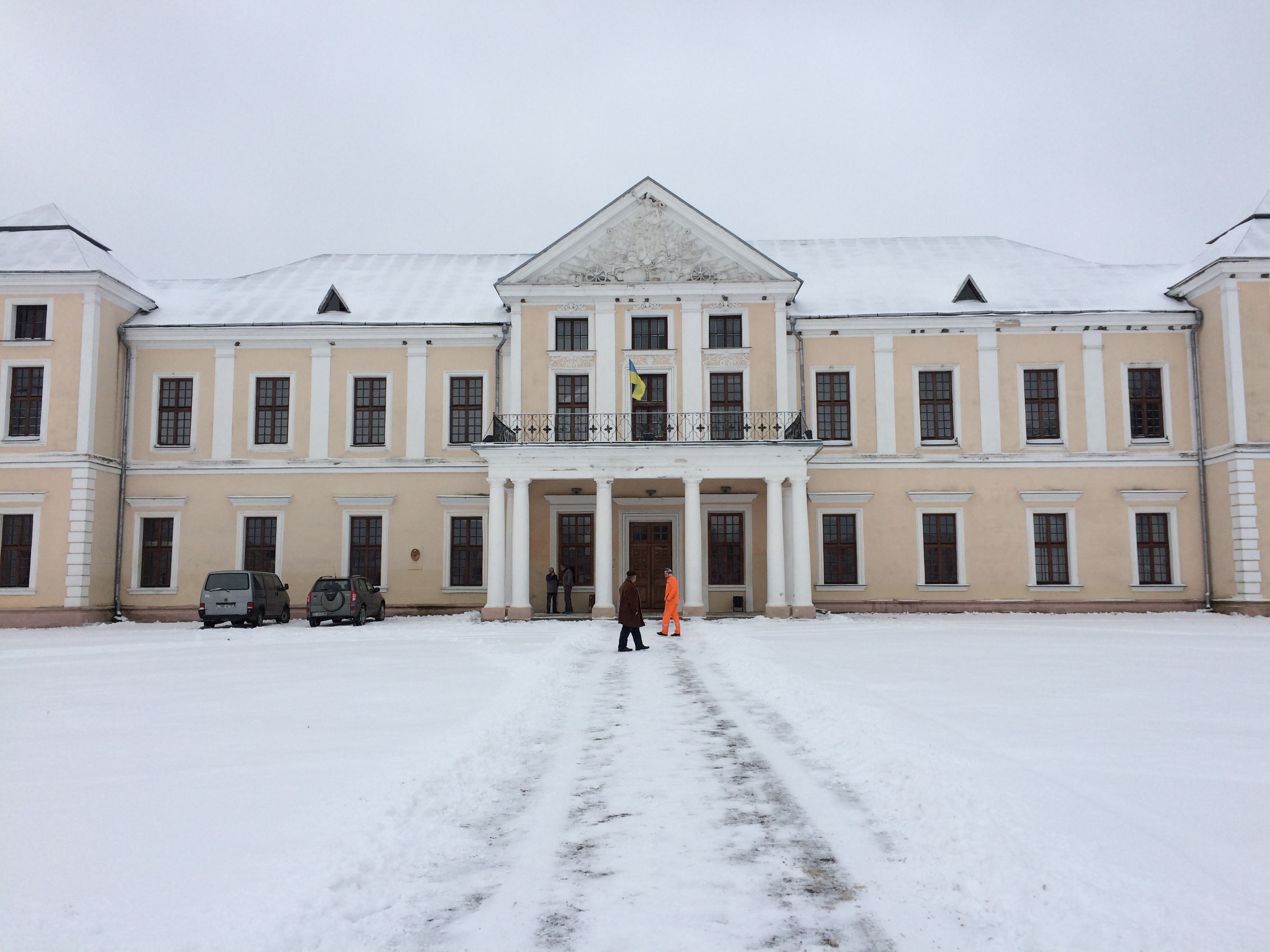 Вишневецкий замок зимой