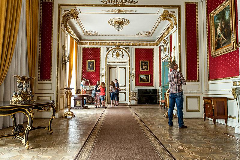 У палаці Потоцьких
