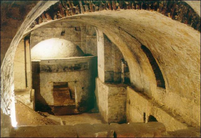 Подземелье в Луцке