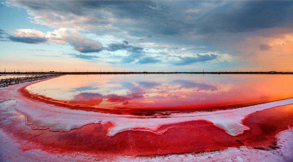 Лемурийское (Розовое) озеро